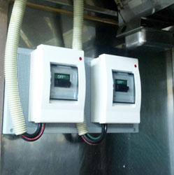 厨房機械接続工事